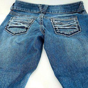 Maurices Capri Jeans Size 5 / 6 Medium Denim Wash
